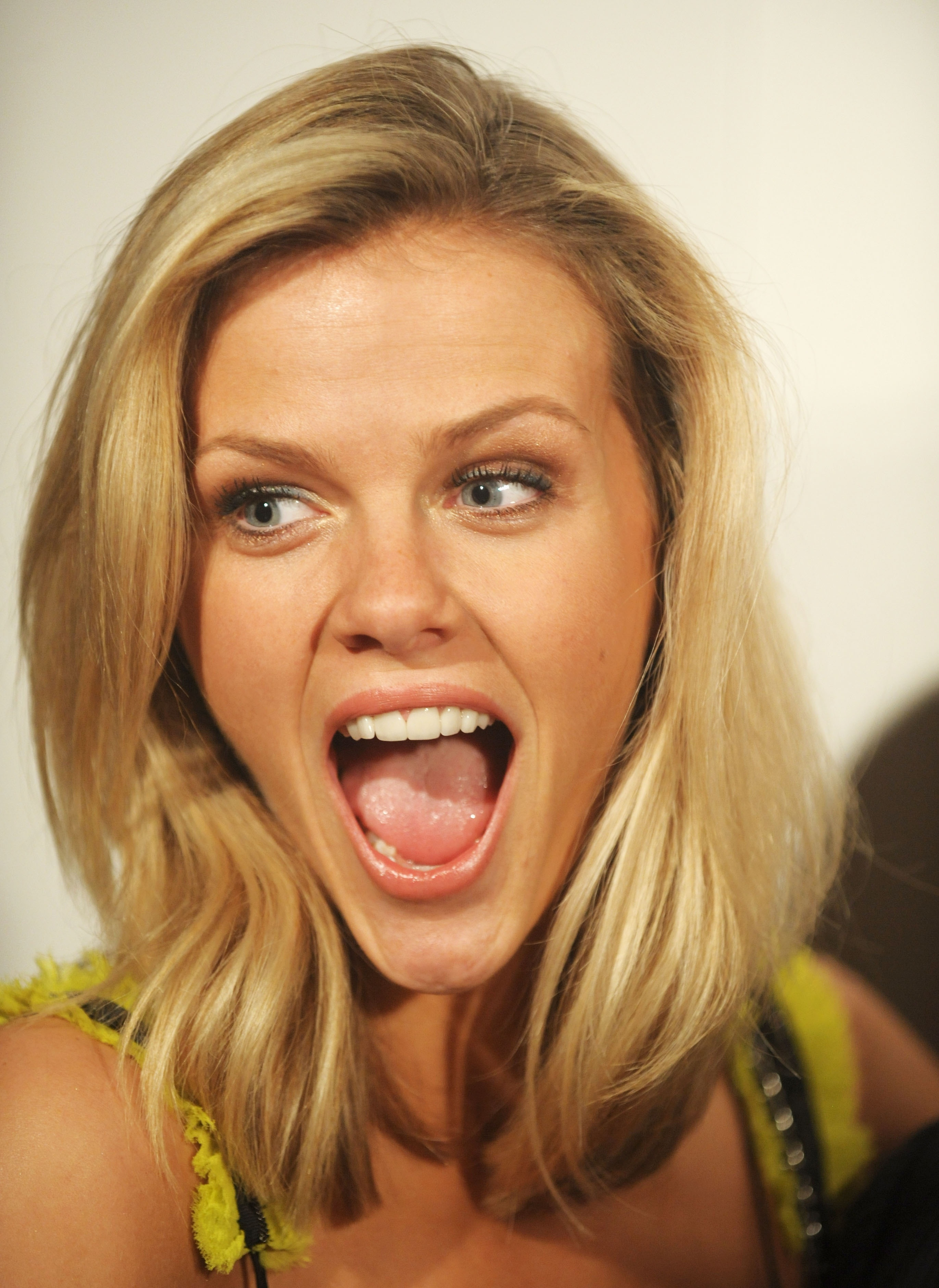 Brooklyn Decker - Images Gallery