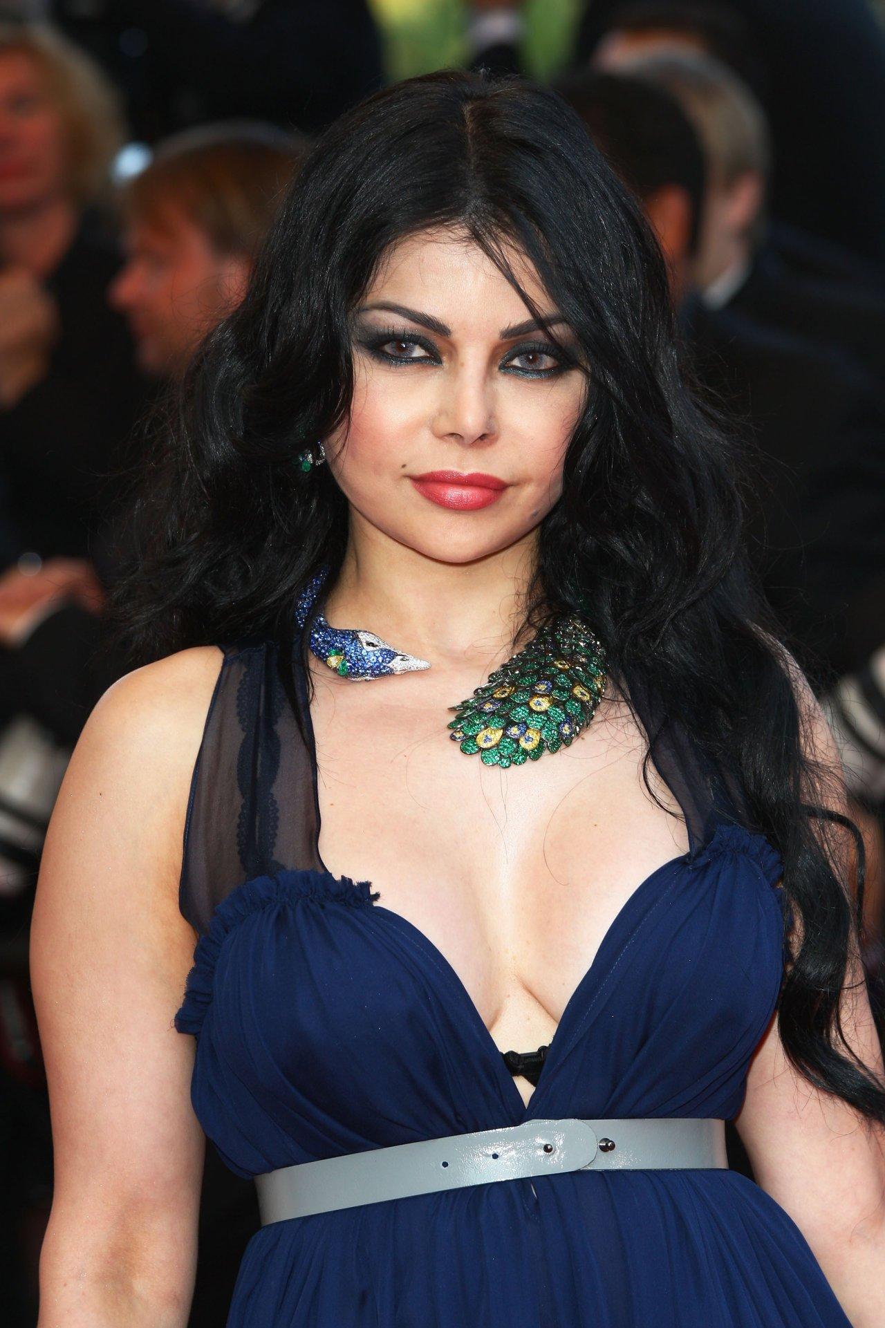 Celebrity photo haifa wehbe haifa wehbe photo 411544 2 vote