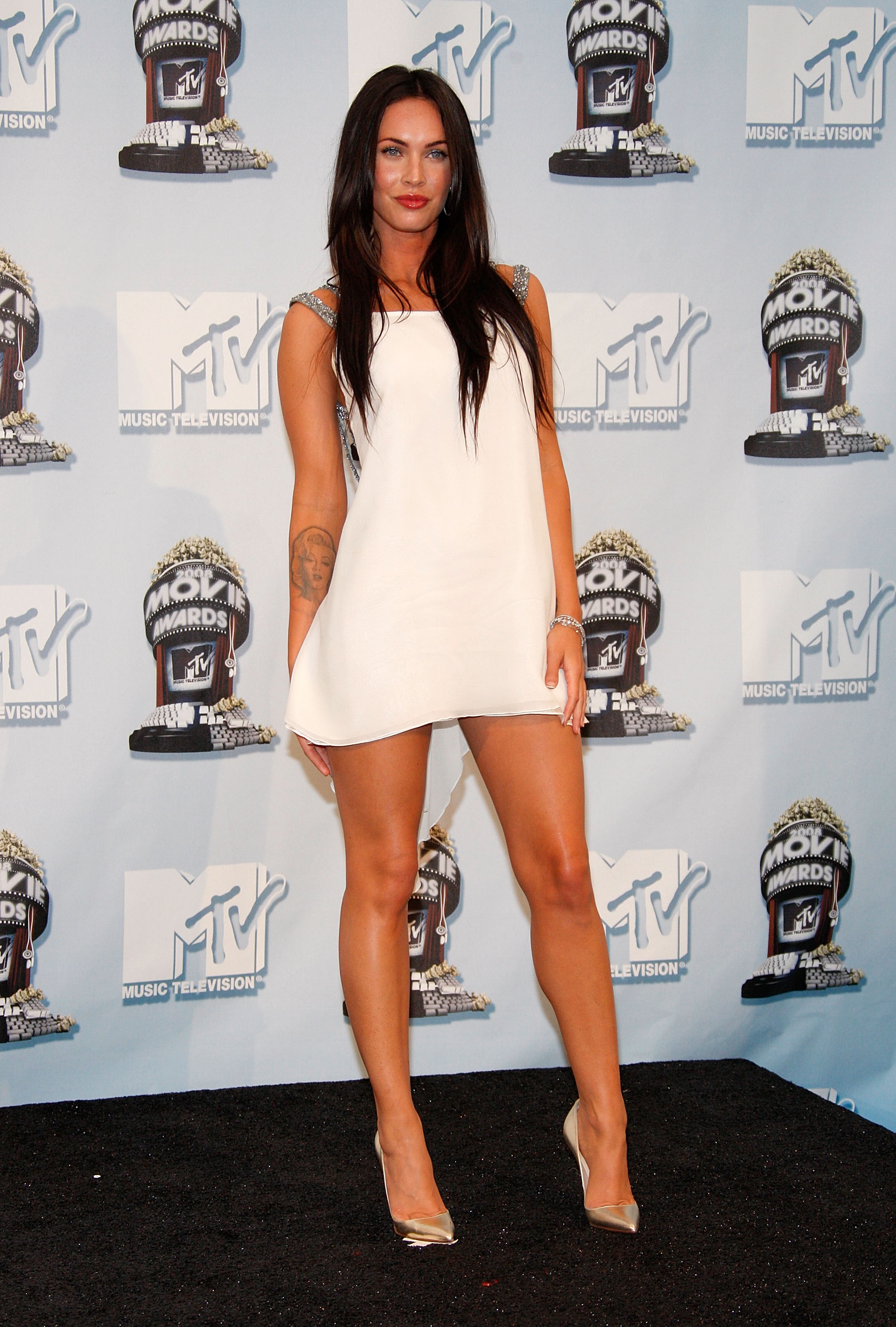 Megan Fox Legs on 423 html