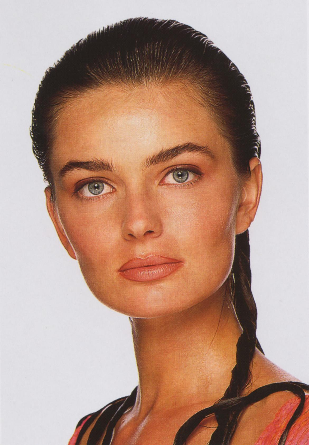 Paulina Porizkova photo gallery - high quality pics of ... Angelina Jolie Children